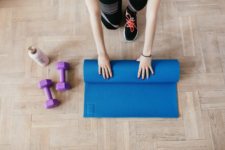 How To Save Money On a Home Gym